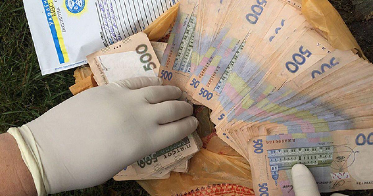 На Сумщине начальника отдела полиции поймали во время получения взятки