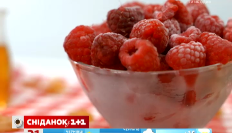 Дієтолог Галина Незговорова розповіла про корисні властивості малини