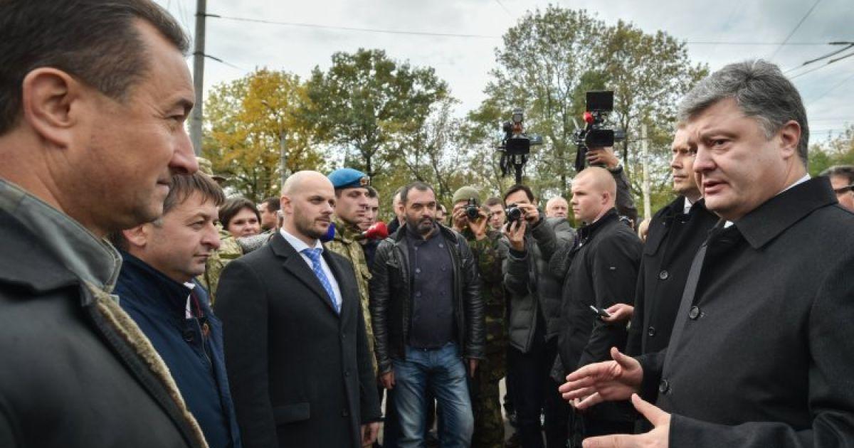 Порошенко хоче через суд повернути Україні анексовані родовища газу