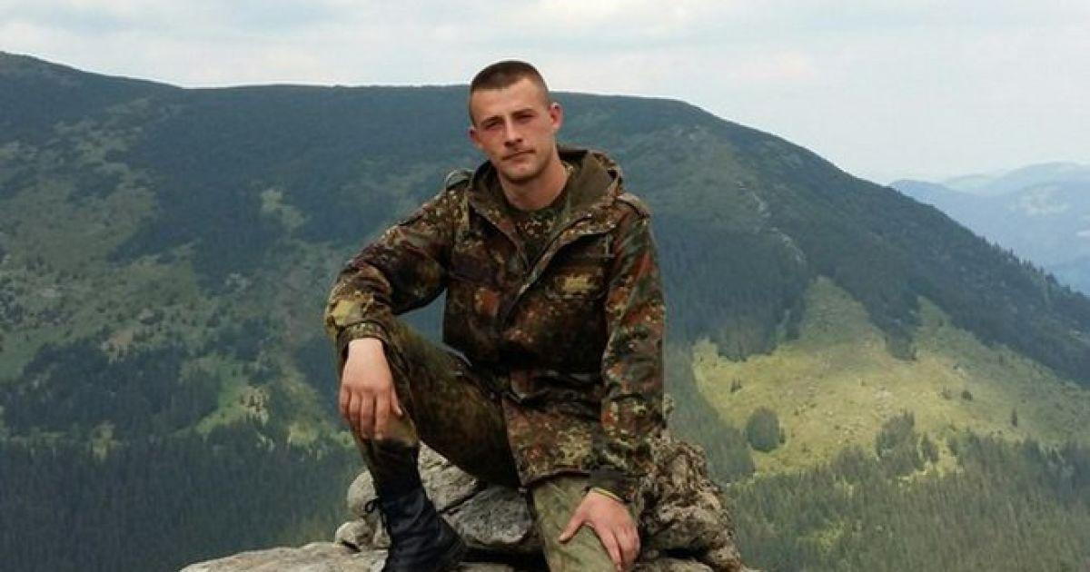 """Возле Мариуполя на мотоцикле разбился боец батальона """"Донбасс"""""""