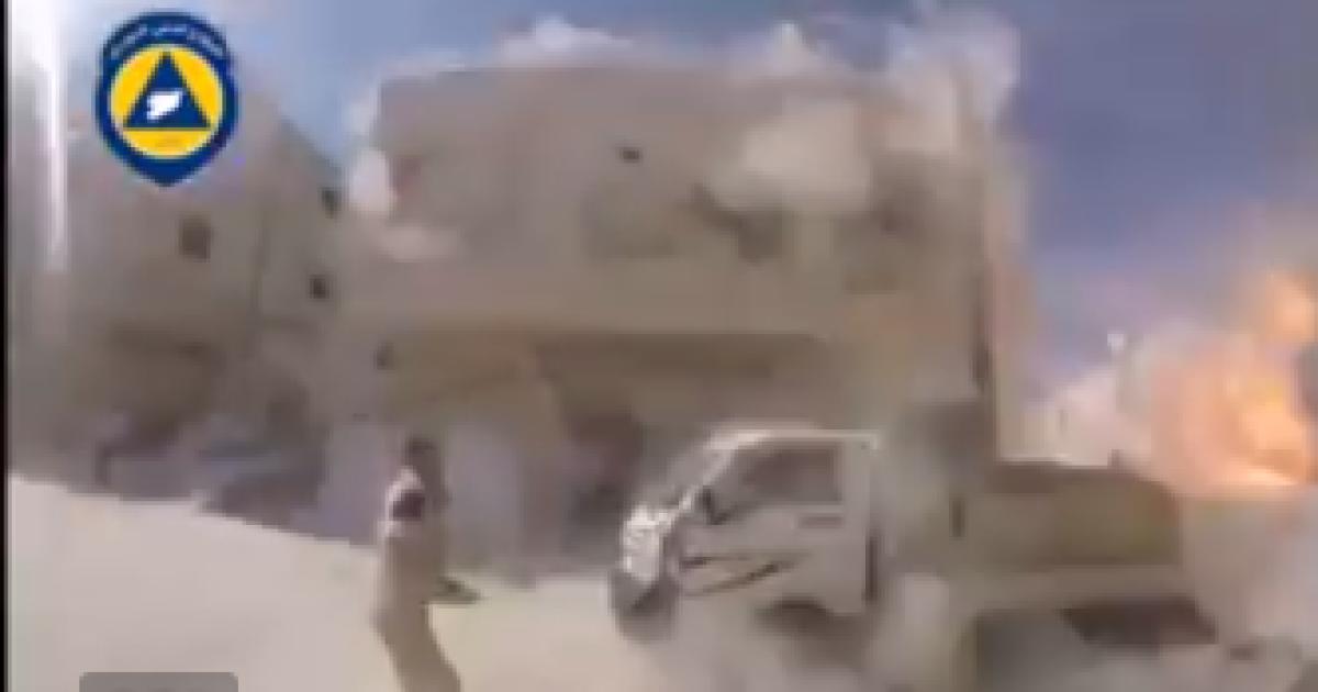 У Мережі з'явилося відео підступного російського авіаудару по житлових кварталах у Сирії