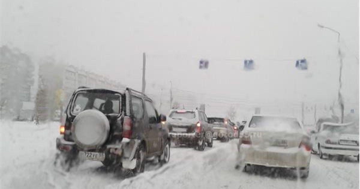 В российском Омске наступил снежный апокалипсис