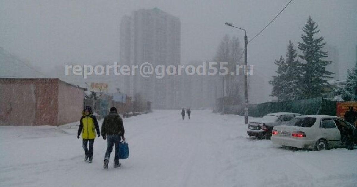 В Омске будет идти снег это течение одного дня