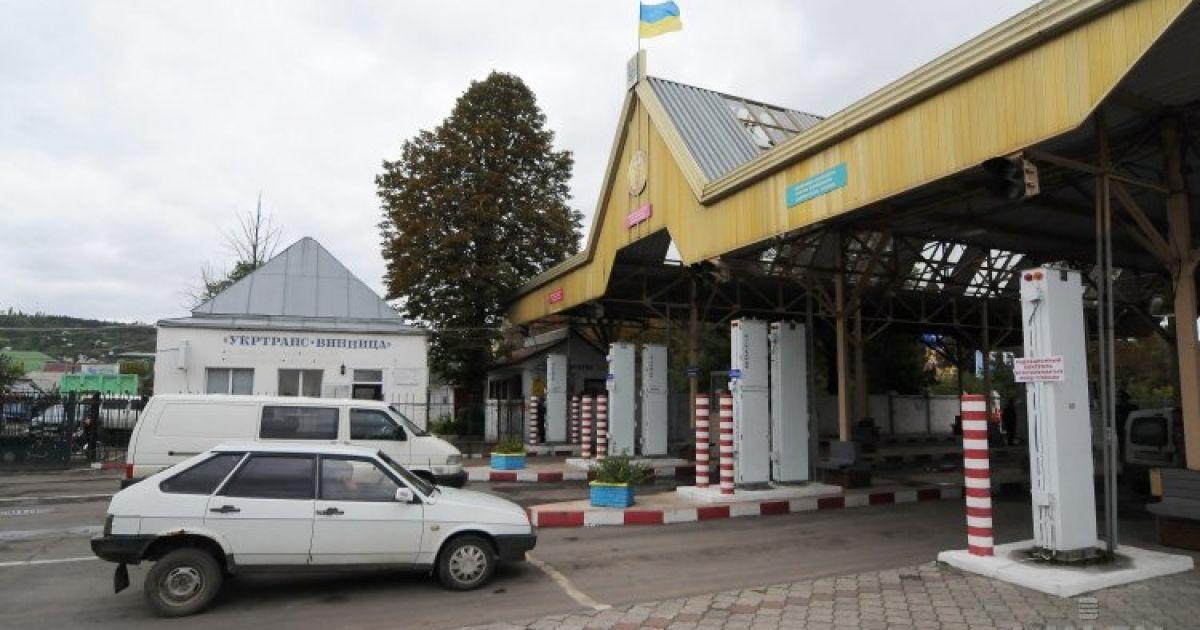 Украину покинут миллионы талантливых людей после открытия границ – экономист