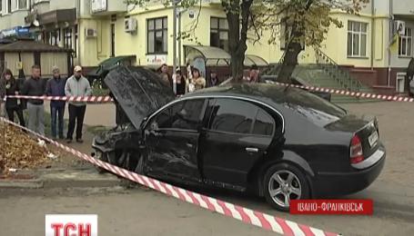 В Ивано-Франковске трое человек пострадали в ДТП с участием областного военного комиссара