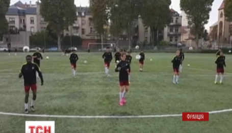 В сети набирает популярность видео оригинальной тренировки по футболу
