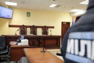 Суд нашел основания не рассматривать иск против энергоимперии Ахметова