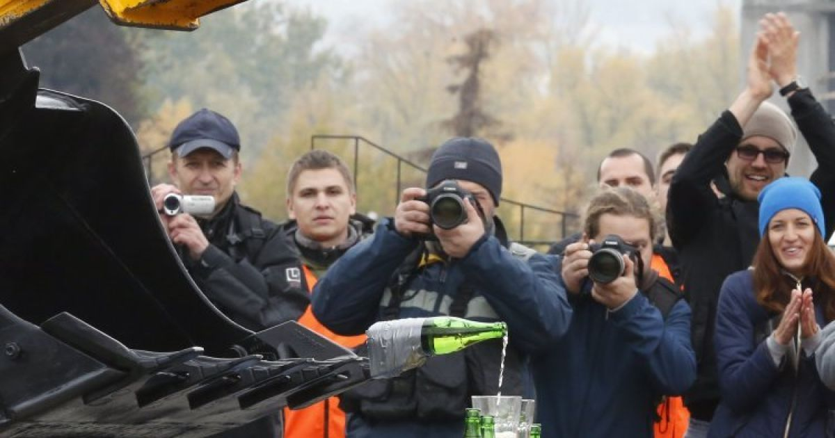 Під час змагань операторів та водіїв комунальної спецтехніки в Києві @ УНІАН