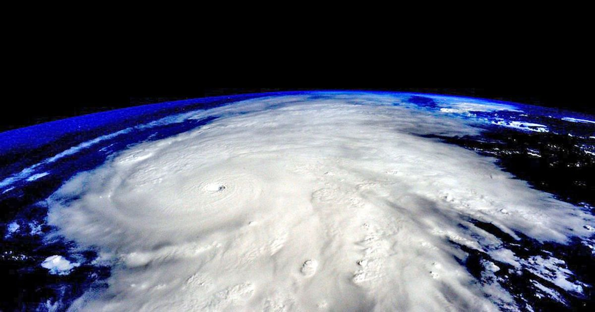 """Фото урагану """"Патрісія"""" із космосу @ NASA"""