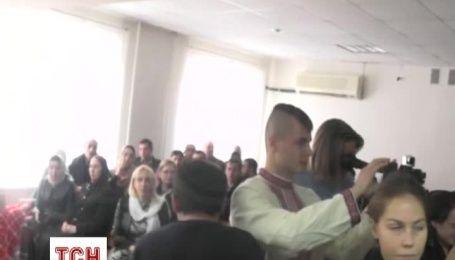 Заключенных украинцев Карпюка и Клыха впервые показали журналистам