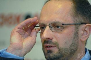 Безсмертний заявив, що у Мінських угодах секретними були лише карти штабів