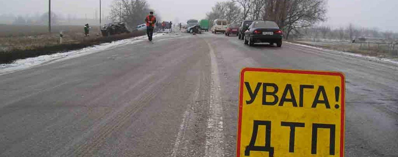 На Одещині міжнародний рейсовий автобус із пасажирами потрапив у ДТП