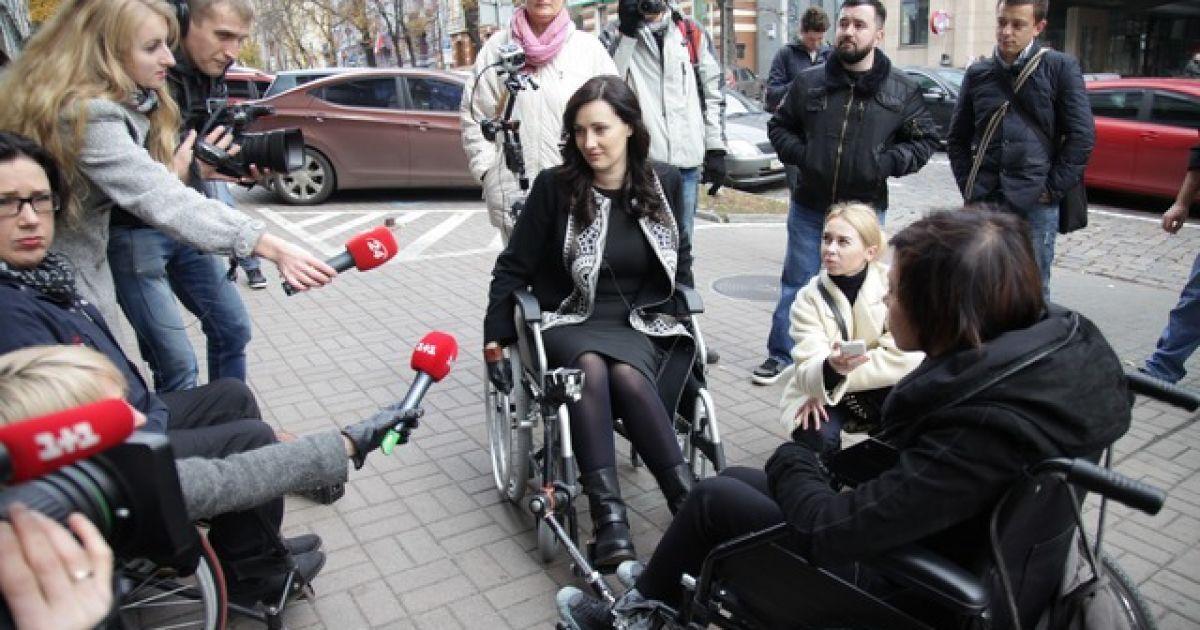 Вітвіцька сіла у інвалідний візок