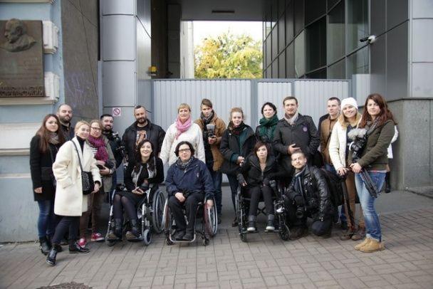 Соломія Вітвіцька поділилася враженнями після пересування у інвалідному візку Києвом