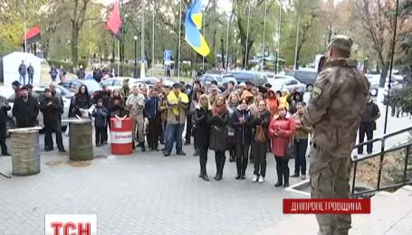 Второй тур выборов мэра в Павлограде таки состоится 15 ноября