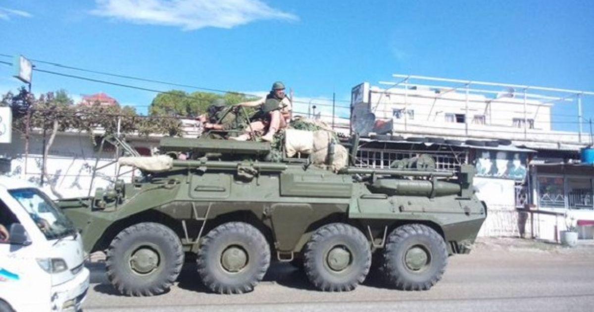 В Сирии зафиксировали колонну бронетехники и артиллерии России