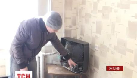 У Житомирі через крадіжку кабелю у п'ятиповерхівці погоріла побутова техніка