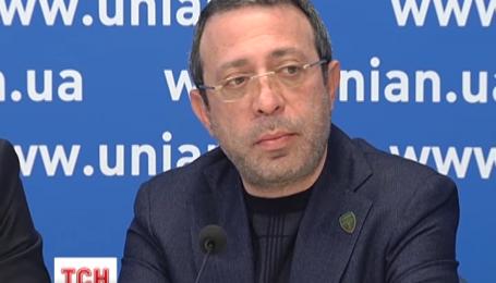 Ряд народных депутатов будет требовать отставки главы ЦИК Михаила Охендовского