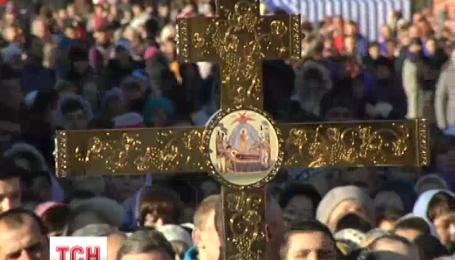 Сьогодні у Києві майже сто тисяч прочан прийшли вшанувати черницю Аліпію