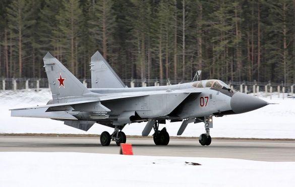 Російський літак Міг 31