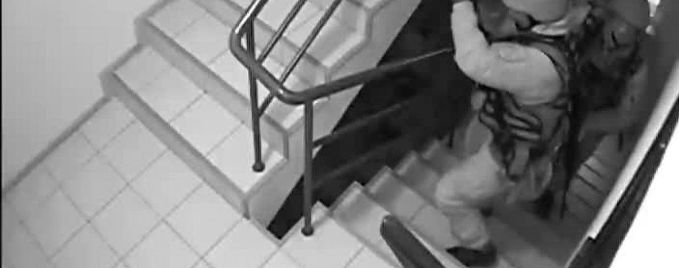 """Видео обысков в главном офисе партии """"УКРОП"""". Эксклюзив ТСН"""