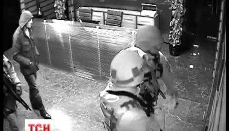 В Киеве силовики накануне обыскали бизнес-центр