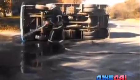 Легковушка и грузовик столкнулись в Черкассах