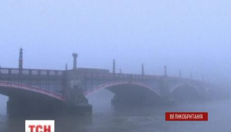 Рекордні британські тумани можуть зіпсувати плани тих, хто подорожує до Європи