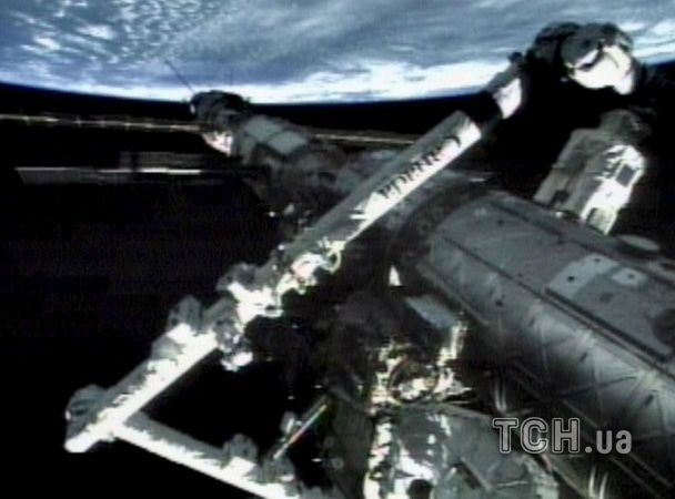 15 років підкорення космосу: видовищні фото до річниці першої експедиції на МКС