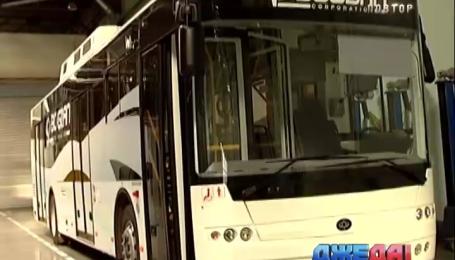 Луцкий завод продемонстрировал комфортный и никому не нужен автобус