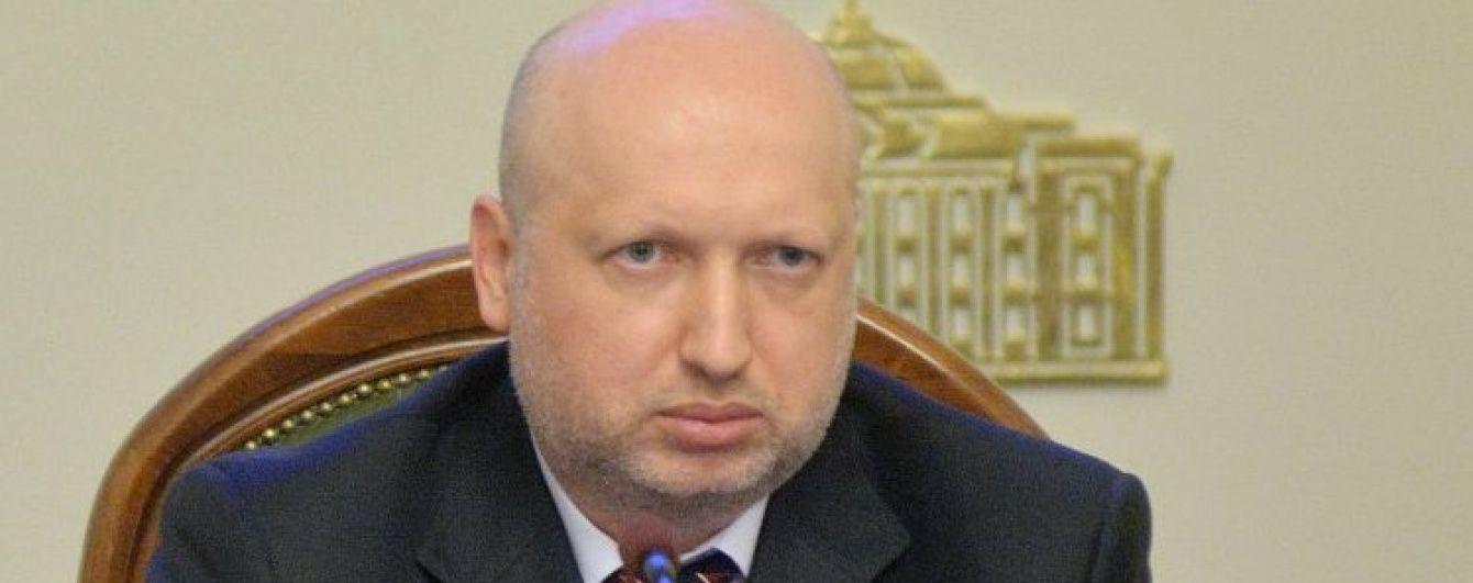 Турчинов заявив, що Путін заплутався в брехні