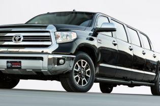 Toyota построила 8-дверный лимузин-пикап на базе Tundra