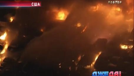 На стоянке близ Лос-Анджелеса до основания сгорело более 40 автомобилей