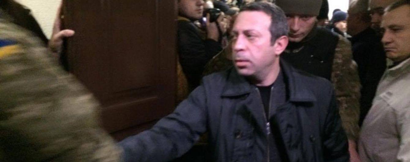 Геннадия Корбана хотят взять на поруки 17 депутатов