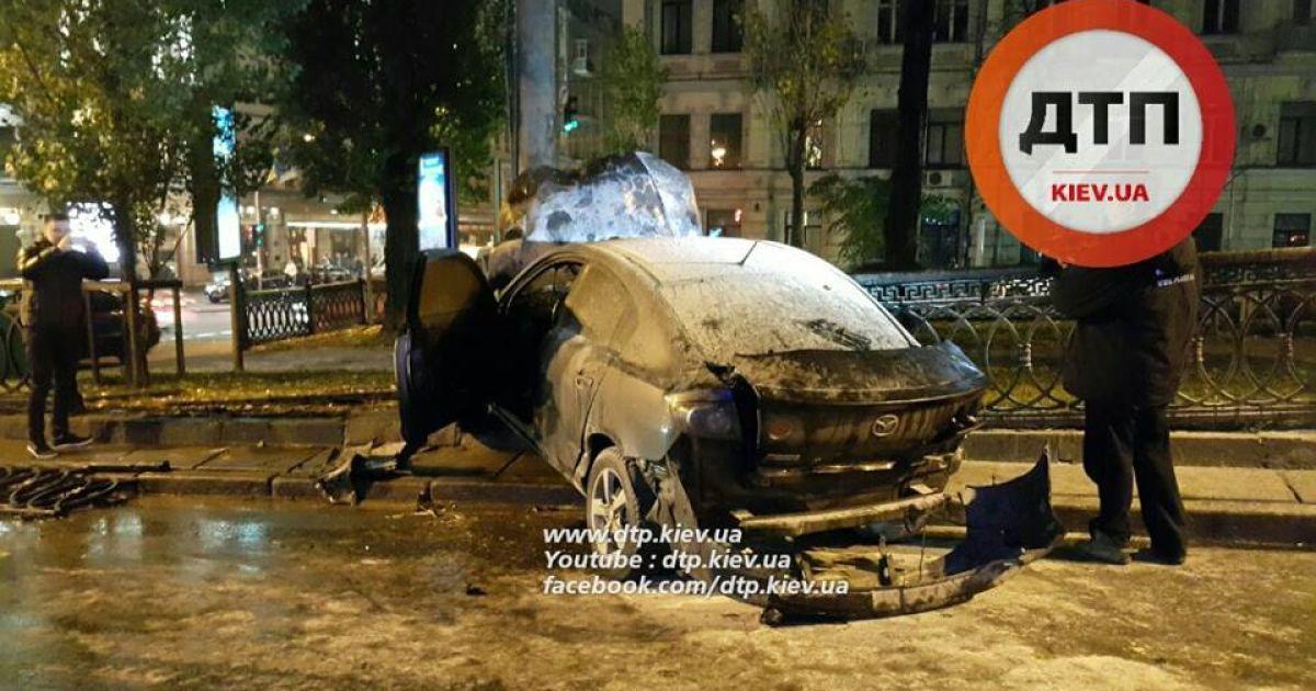 На бульваре Шевченко произошло ДТП. @ facebook.com/dtp.kiev.ua