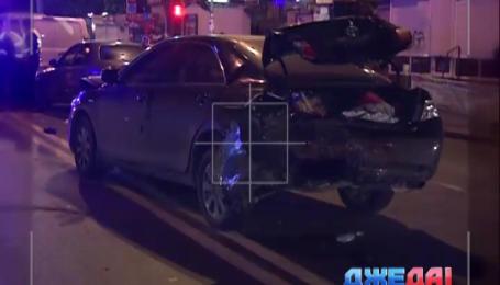 Неадекватный гонщик спровоцировал массовую аварию в Киеве