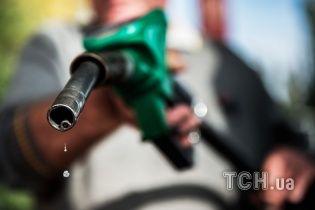 Сколько стоит заправить авто на АЗС утром 10 августа
