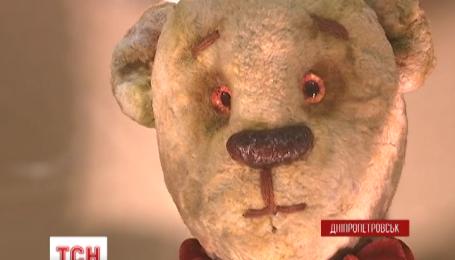 В Днепропетровском историческом музее открылась выставка кукол