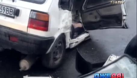 Масштабная авария произошла на столичной улице Заболотного