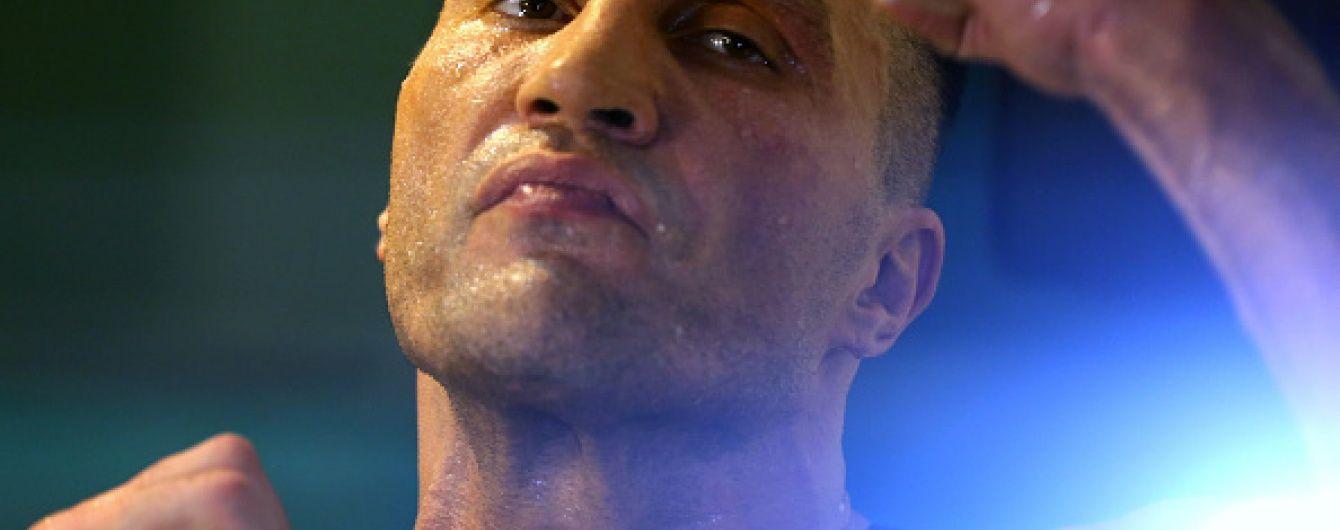 После поражения от Фьюри мама Кличко встретила сына с шашлыком