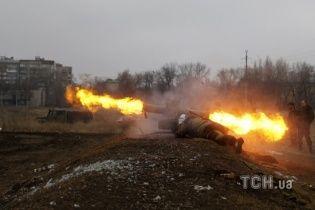 Бойовики відкрили вогонь по Новгородському із забороненого озброєння
