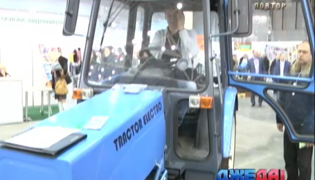Украинские инженеры создали трактор на батарейках
