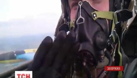 На місці катастрофи літака СУ-25 розпочала роботу спеціальна комісія Міноборони