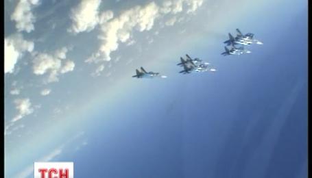 Россия переводит в Крым бомбардировщики
