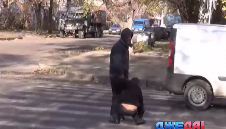 Как николаевские пьяницы полчаса переходили через дорогу