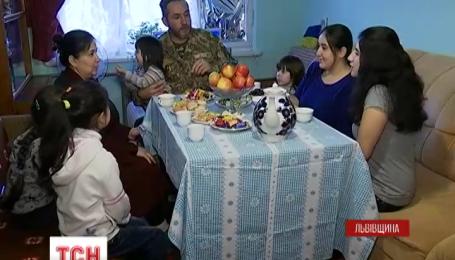 Семья из Крыма покинули родной дом сразу после проведения там референдума