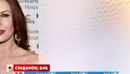 Майкл Дуглас і Кетрін Зета-Джонс відзначили 15 річницю шлюбу