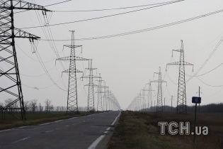 Подросток из Житомирщины пережил удар током на высоковольтной линии и падение с 10-тиметровой высоты