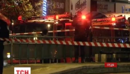 Ночью в торговом центре в Афин сработала самодельная бомба