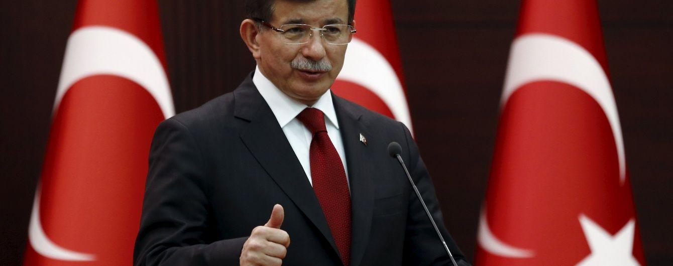 Прем'єр Туреччини запевняє, що образливі заяви Путіна викликають лише посмішку